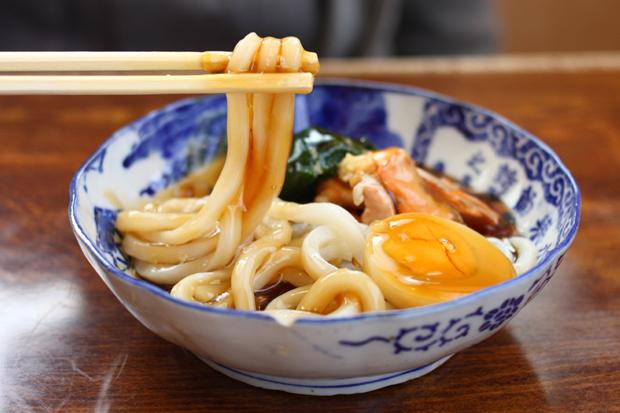 山形県酒田市 栄華の時を想う、まつりの味 『あんかけうどん』